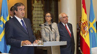 Álvarez Cascos toma posesión como presidente del Principado de Asturias