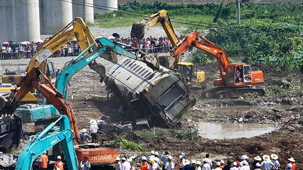 Al menos 35 heridos en un accidente de tren en China