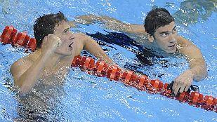 Lochte bate a Phelps en los 200 estilos
