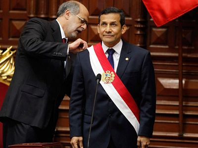 Humala jura su cargo como presidente de Perú y afirma que luchará contra la exclusión social
