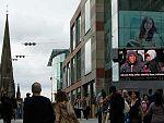 Un pantalla en el centro de Birmingham para identificar a los culpables