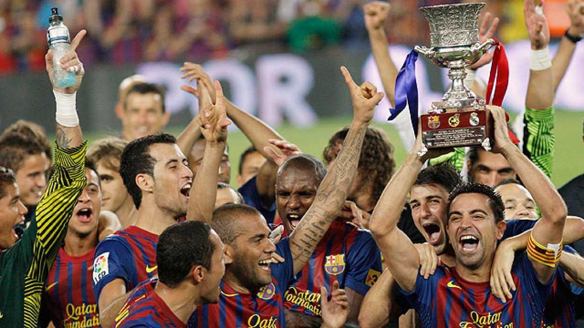 El Barcelona ha levantado el primer título del año al derrotar al Real Madrid en la Supercopa de España.