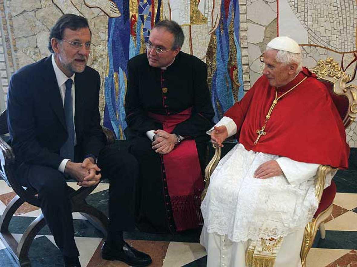 El papa habla con Rajoy sobre la crisis económica