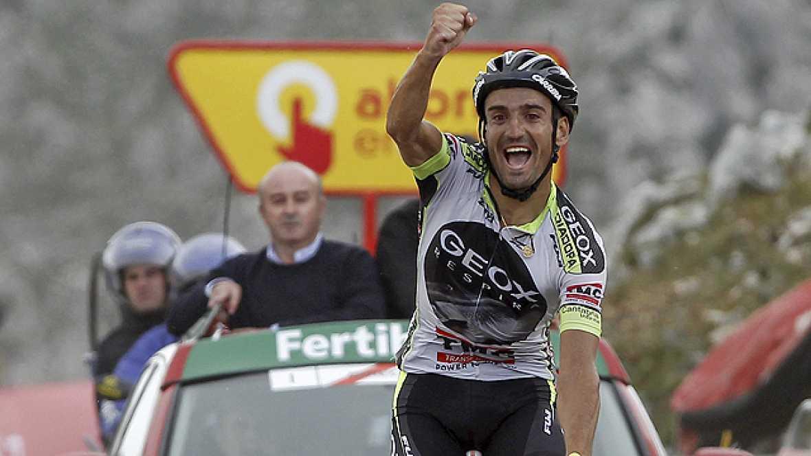 El ciclista español Juan José Cobo (Geox) se ha adjudicado este  domingo la decimoquinta etapa de la Vuelta Ciclista a España,  disputada entre Avilés y el alto de L'Angliru, en un recorrido de  142,2 kilómetros, en la que además se ha colocado como