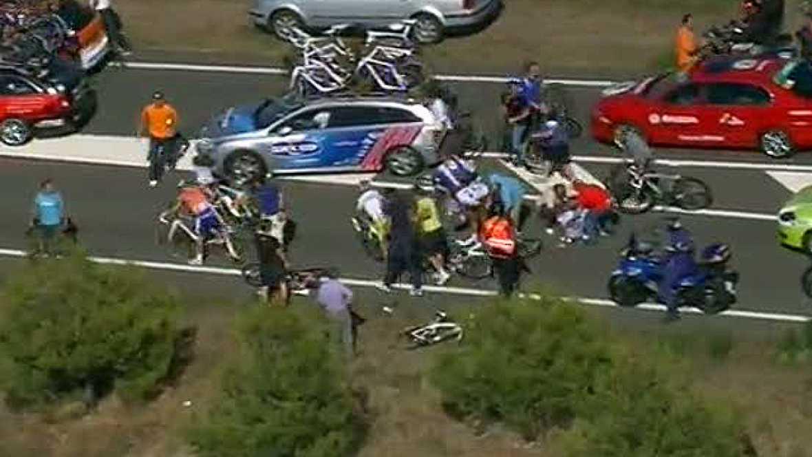 Multitudinaria caída en la Vuelta