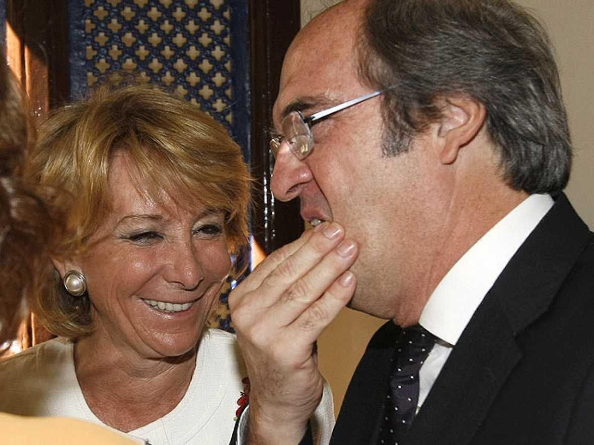 Aguirre le pide entre risas que dimita al ministro Gabilondo