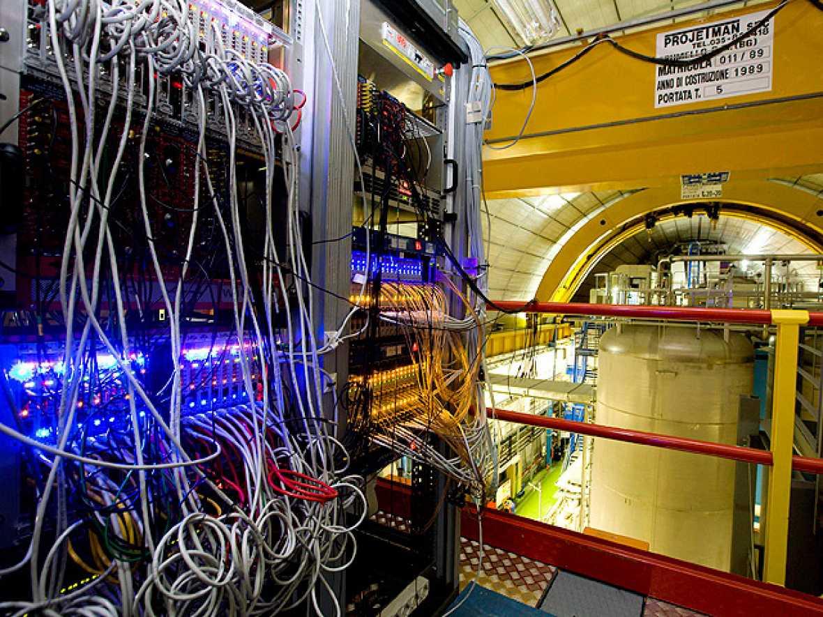 Los científicos del CERN descubren unas partículas que viajan más rápido que la luz