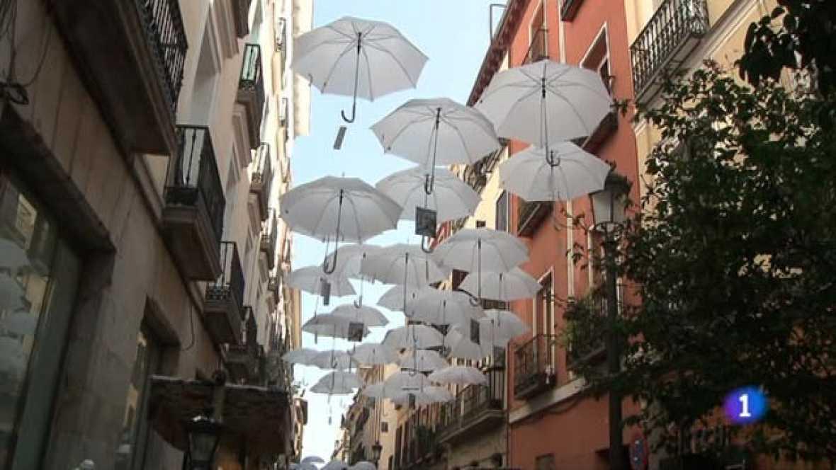 Mas gente la decoraci n sale a la calle en el barrio de - Feria decoracion madrid ...