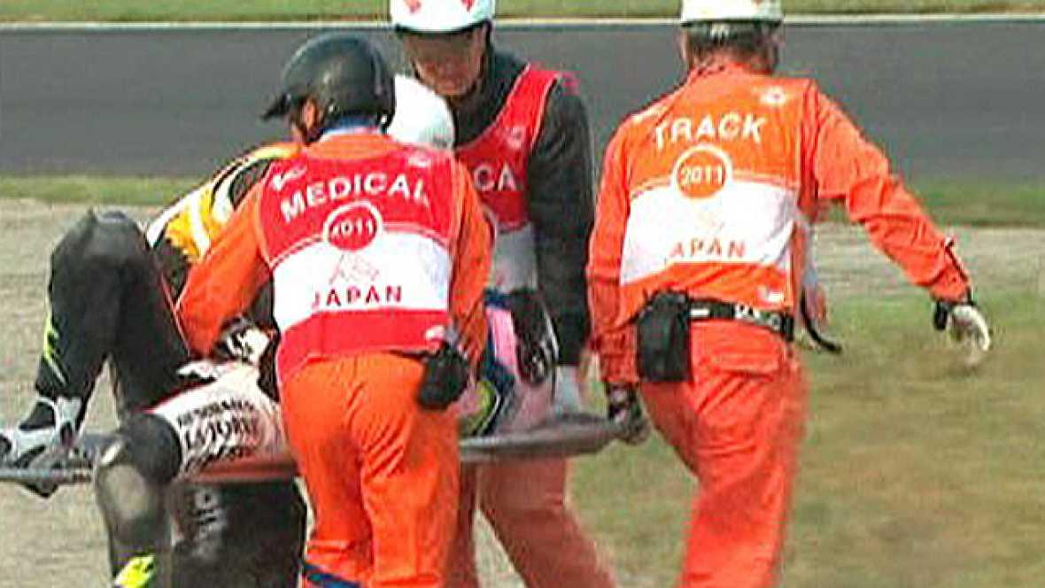 El piloto español de Moto2 Sergio Gadea (Moriwaki), ha sufrido una fuerte caída durante los entrenamientos del GP de Japón que obligó a su evacuación en ambulancia a la clínica del circuito y de ahí al centro médico Dokkyo Medical University, en Mibu