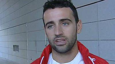 Héctor Barberá ya está en Barcelona, donde será operado de la fractura de clavícula más tarde de lo que había previsto, pero los médicos le han recomendado descanso.