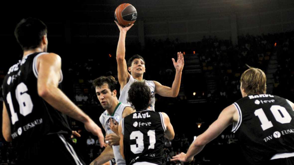 El Bizkaia Bilbao Basket ha derrotado por 78-72 al FIATC Mutua Joventut en un partido dominado por D'or Fischer en ambos aros.
