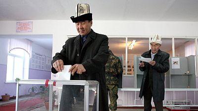 Elecciones en Kirguizistán en medio de acusaciones de fraude