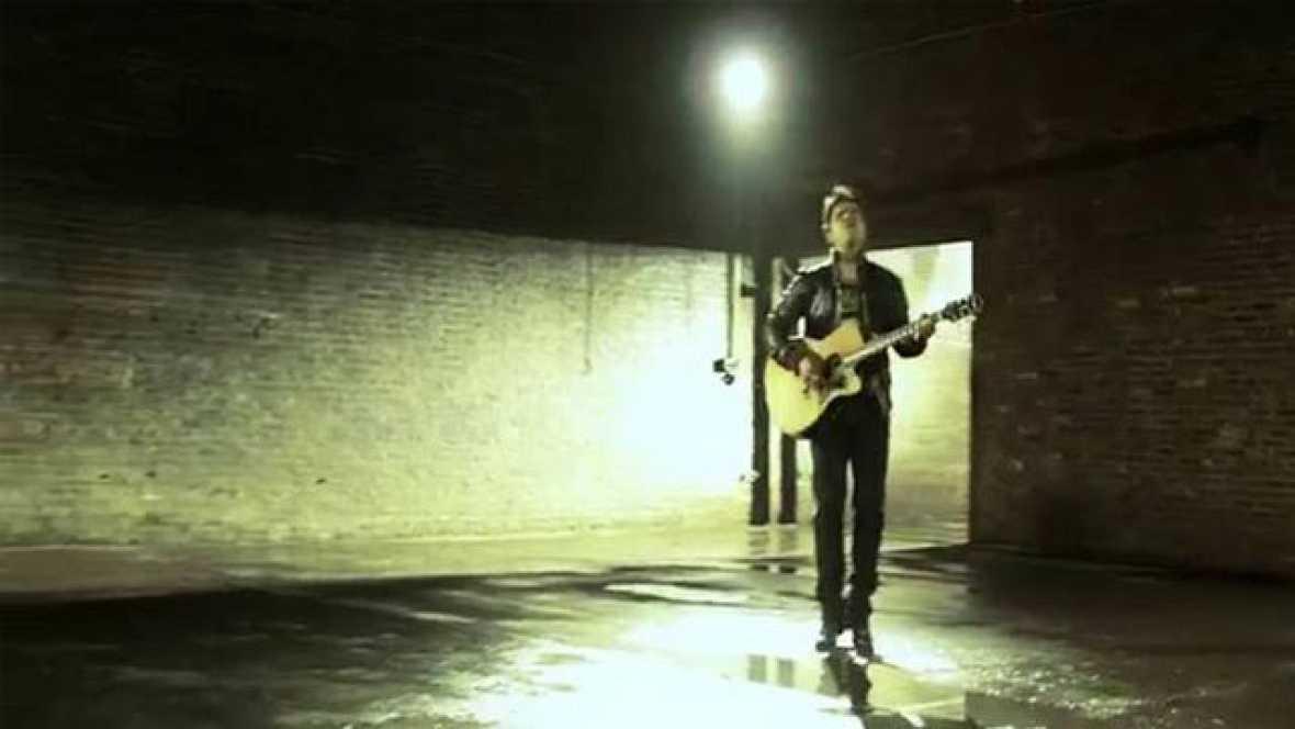 """Single """"Gritar"""", incluido en el álbum 'Tierra firme' de Luis Fonsi. Es uno de los Discos del año 2011 de TVE"""