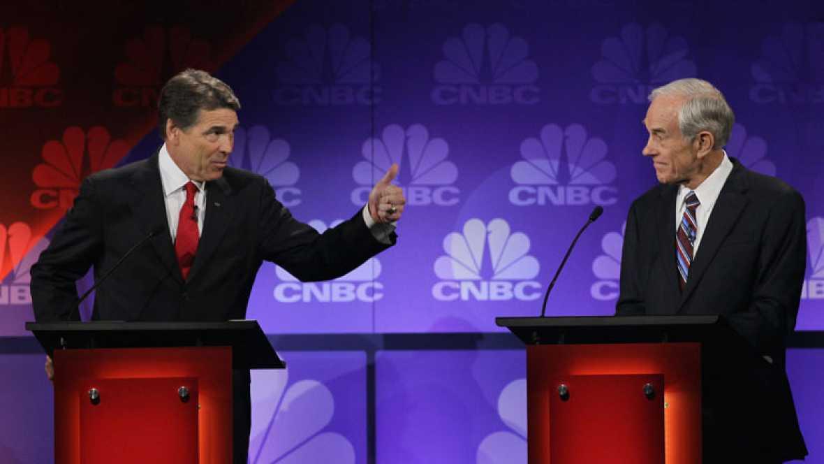 Perry se queda en blanco en pleno debate