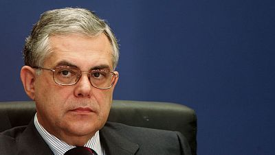Lucas Papademos formará gobierno como primer ministro en Grecia