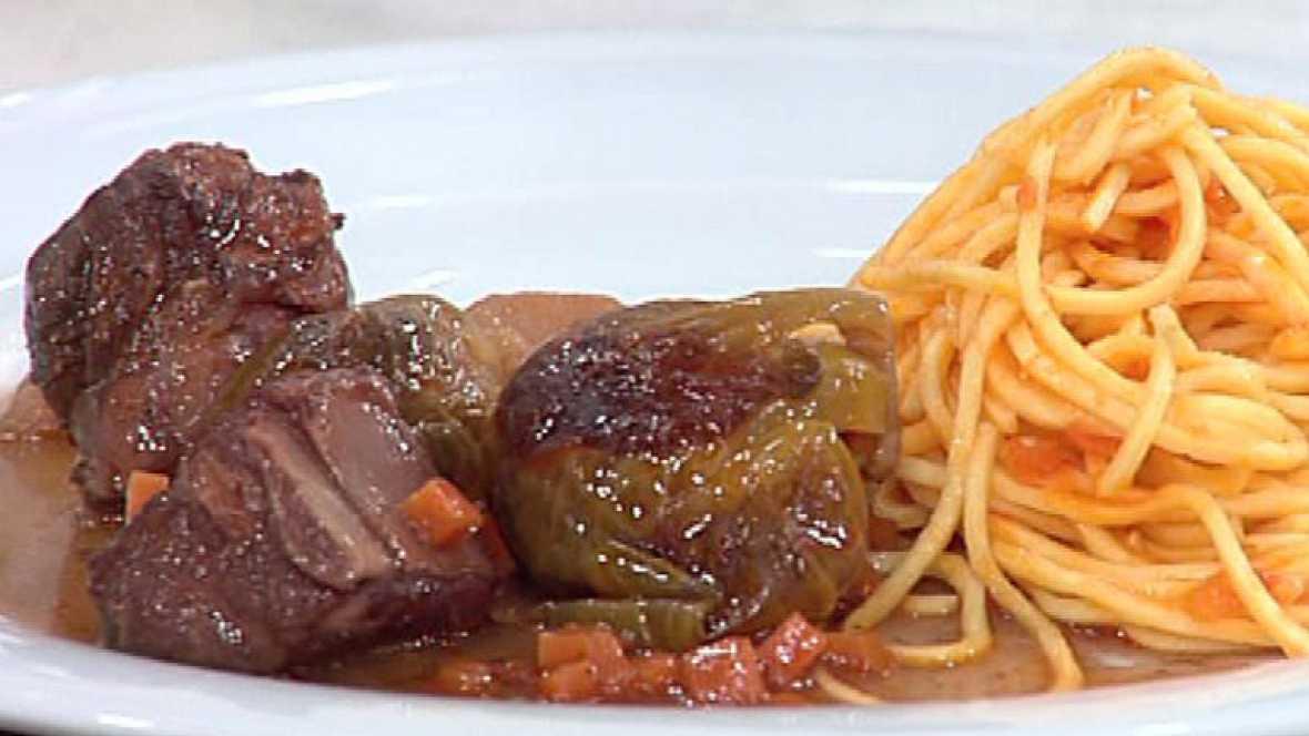 Saber cocinar costillas al vino tinto y coles de - Cocinar coles de bruselas ...