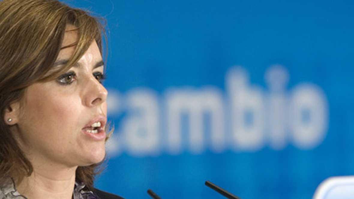 """Rajoy """"señala"""" a Sáenz de Santamaría como la encargada de dirigir el traspaso de poderes"""