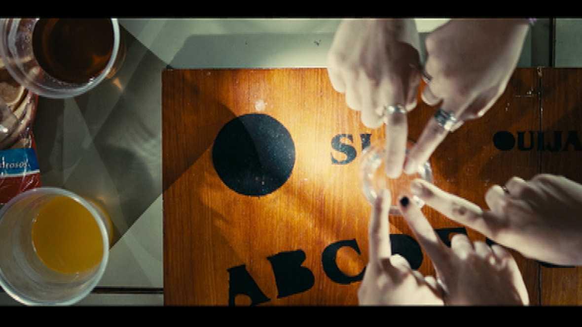 """El director de """"Promoción Fantasma"""" chequea el trailer de su próxima película"""