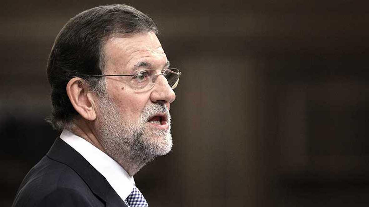 El próximo presidente del Gobierno, Mariano Rajoy, ha afirmado que el año próximo reducirá en 16.500 millones el desfase entre ingresos y gastos del Estado para así conseguir el objetivo de déficit del 4,4 % del PIB.