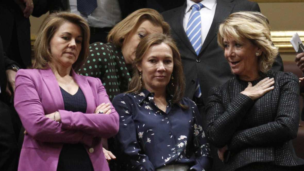 Muchos políticos se han acercado al Congreso para escuchar el discurso de investidura