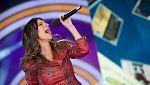 Disco del año 2011 - Actuación de Laura Pausini