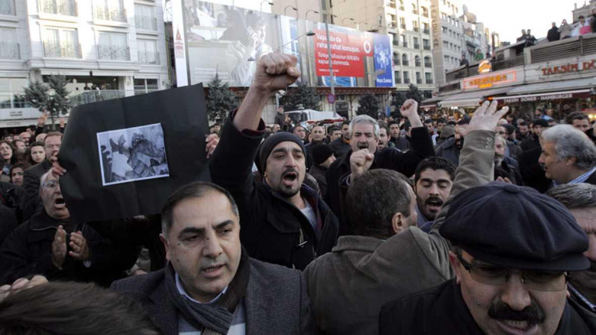 El gobierno turco reconoce el error al matar a 35 civiles