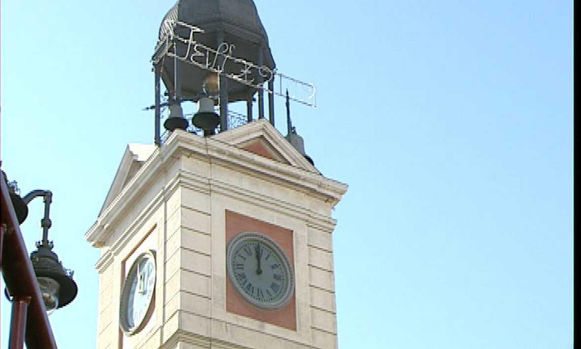El reloj de la puerta del sol pasa el ensayo general antes for Puerta de sol en directo
