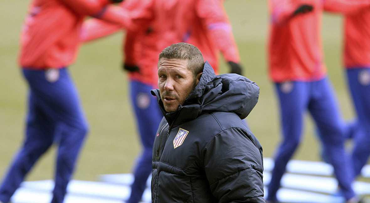 Simeone y Molina se reencuentran en el Atlético-Villarreal. Ahora en los banquillos, los exjugadores rojiblancos defienden intereses opuestos en un partido con urgencias.