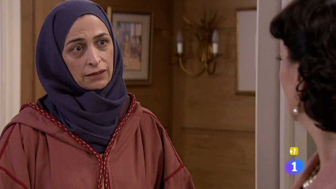 Amar - Estefanía insulta a Amina