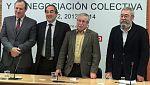 """Los agentes sociales firman el acuerdo laboral para hacer a España más """"competitiva"""""""