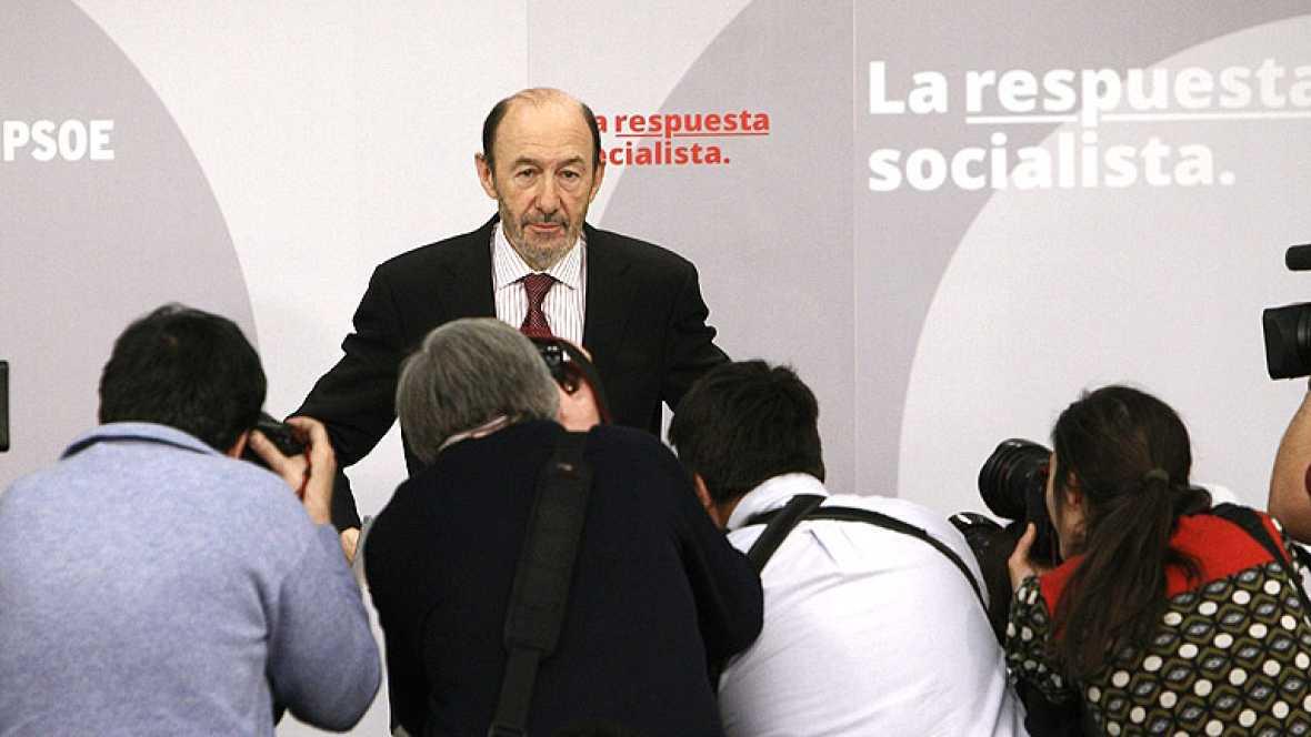 """Rubalcaba cree """"insólito"""" que un Gobierno baje en su valoración en la primera encuesta del CIS tras las eleccionesel CIS tras las elecciones"""