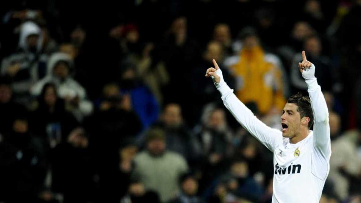 El extremo portugués volvió a oír cómo la grada del estadio del Madrid coreaba su nombre, después de anotar un 'hat trick' contra el Levante.