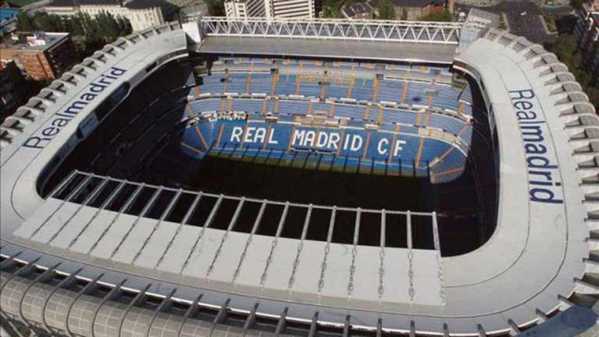 El Barcelona y el Athletic de Bilbao han pedido a la Federación Española de Fútbol que la final de Copa del Rey se jugara en el Bernabéu, algo que ya el viernes negaba el Real Madrid al tener previsto iniciar unas obras en su estadio nada más termina
