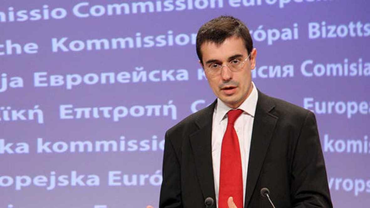 """El portavoz de Asuntos Económicos de la Comisión, Amadeu Altafaj, ha señalado que la información de la agenccia Reuters, que señalaba que Bruselas estudia sancionar a España por inflar el déficit y es """"rotundamente falsa"""" y ha calificado la filtració"""