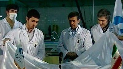 Mahmud Ahmadineyad ha vuelto a retar hoy a Occidente con su programa nuclear