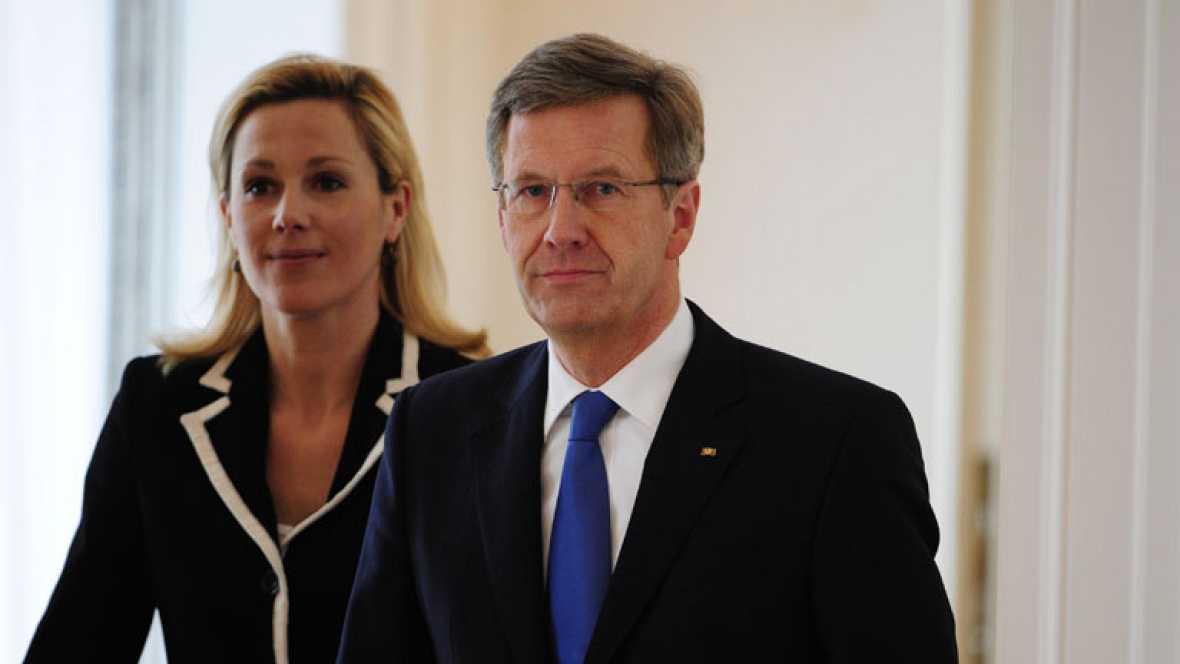 Dimite el presidente alemán Christian Wulff por posibles causas de corrupción