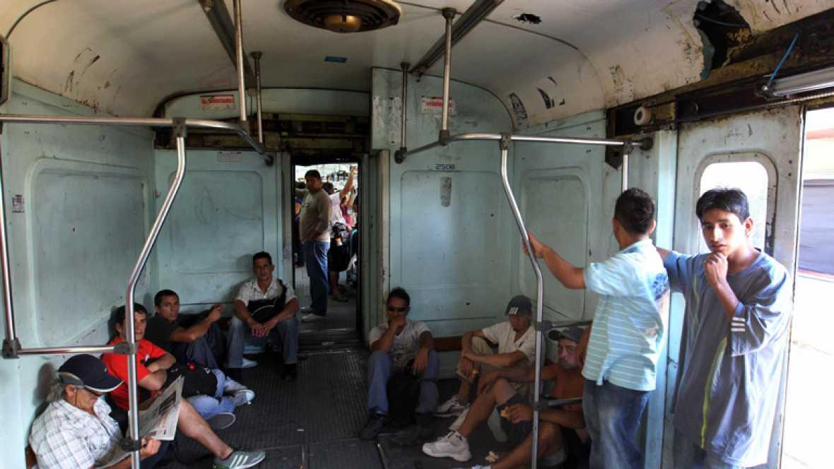 Después del horrible accidente de tren argentino las condiciones para los viajeros no han mejorado