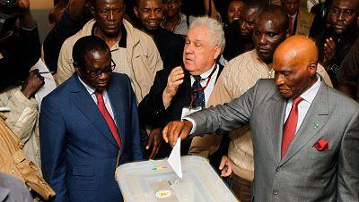 En Senegal celebran las elecciones presidenciales en medio de la peor ola de violencia