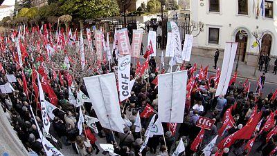 Galicia y Castilla y León han aprobado nuevas medidas temporales para funcionarios