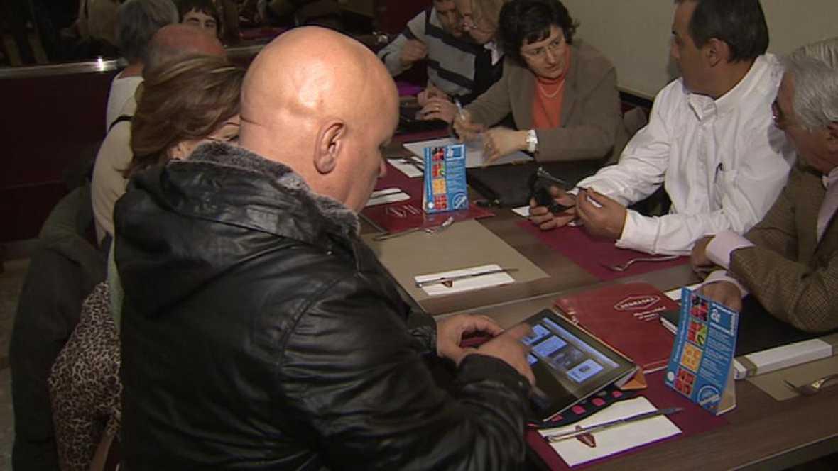 Los españoles afectados por el Costa Concordia se reúnen