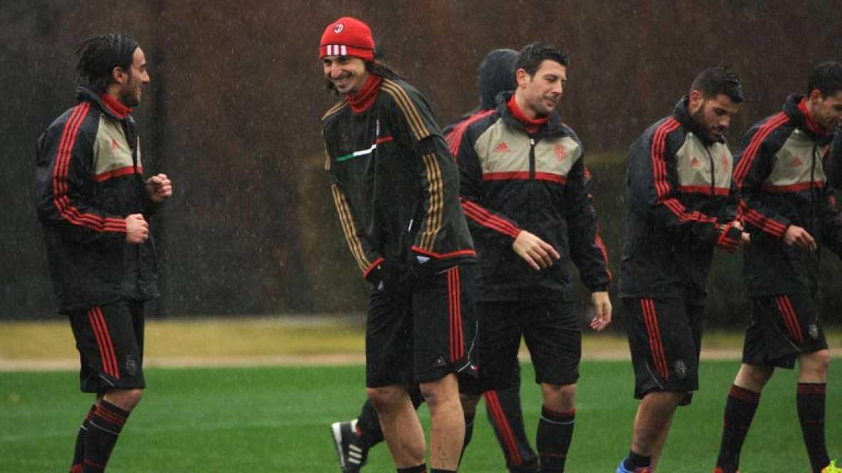 El conjunto 'rossonero' parte con ventaja de cuatro goles a cero en su eliminatoria de octavos de final de la Champions frente al Arsenal londinense.