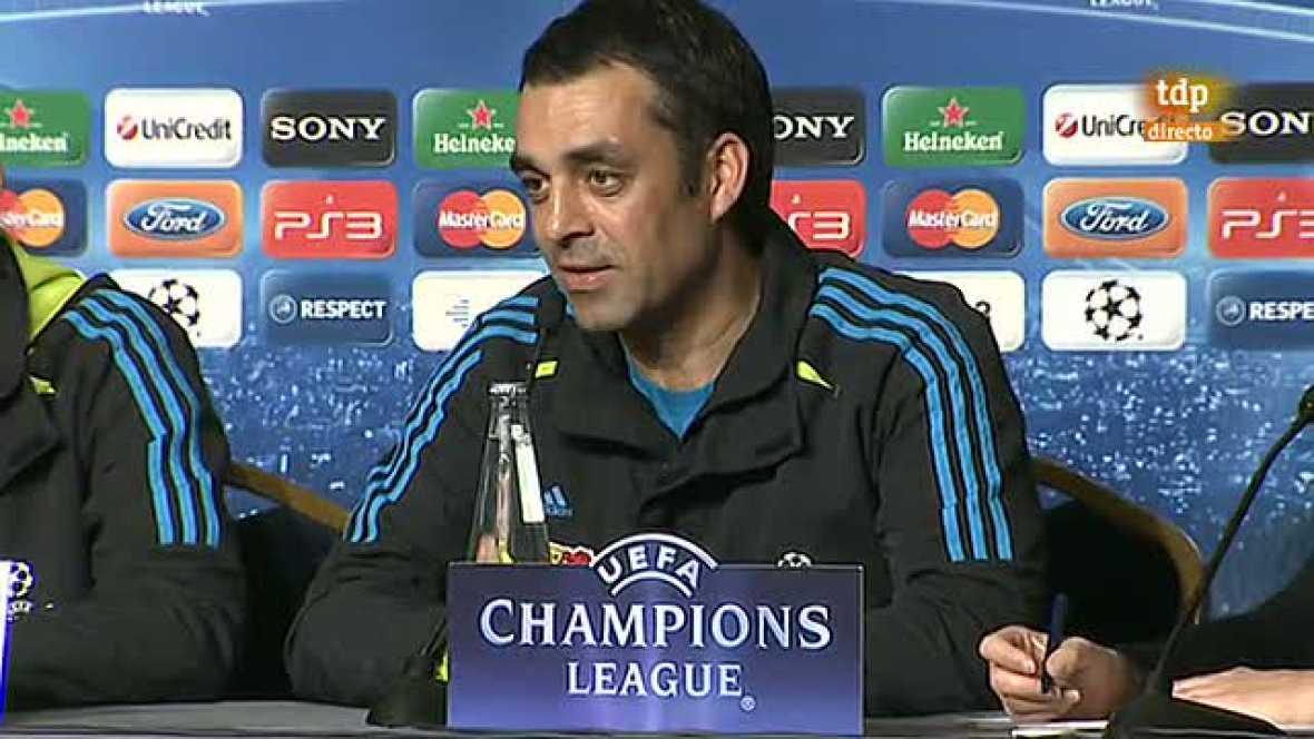 El entrenador del Bayer Leverkusen, Robin Dutt, ha asegurado que  la intención de los alemanes en el partido de este miércoles ante el  FC Barcelona, correspondiente a la vuelta de octavos de final de Liga  de Campeones, es hacer un buen encuentro y