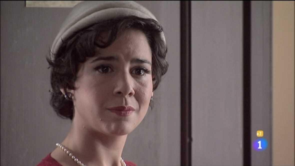 Amar en tiempos revueltos - T7 - Capítulo 129 - Ana y Teresa se despiden de los amigos del barrio antes de volver a Santander - Ver ahora