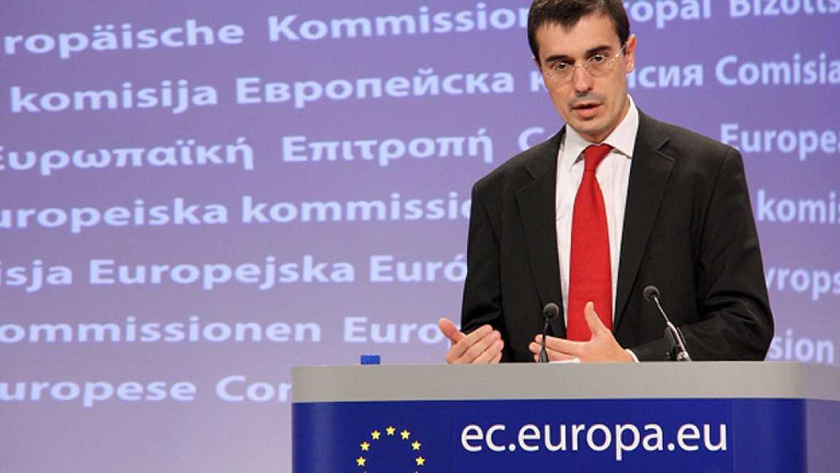 La Comisión Europea ha enviado esta semana inspectores a España para examinar la situación de las cuentas públicas, después de que el nuevo Gobierno anunciara que no cumplirá el objetivo de déficit
