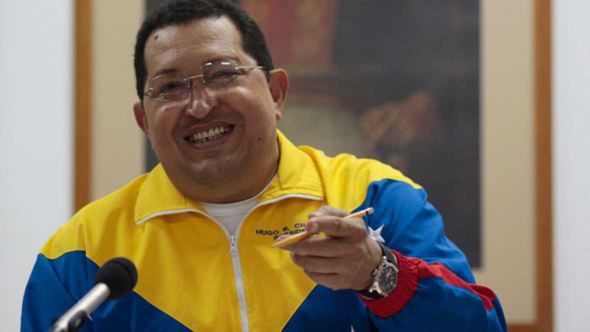 """Chávez dice que su evolución es """"favorable"""" y que volverá a Venezuela esta semana"""