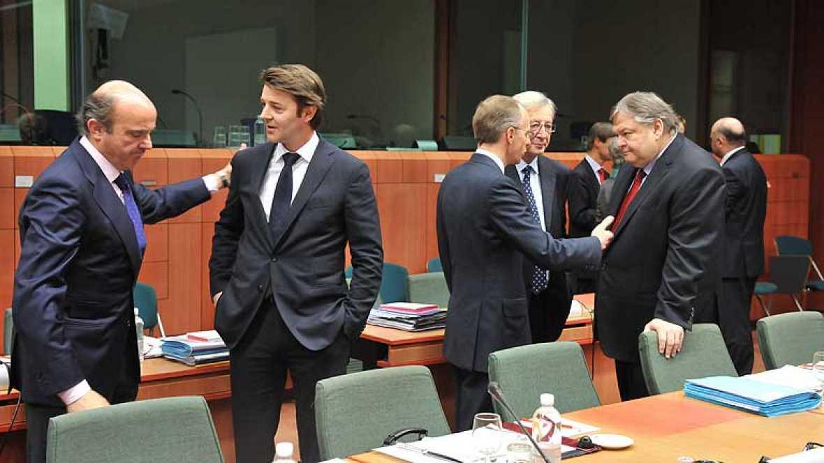La Comisión Europea ha negado que se haya dado un trato de favor a España con el nuevo objetivo de déficit para 2012 y ha insistido en que el país hará un esfuerzo muy exigente para este ejercicio. Algunos países, entre ellos Austria, han criticado
