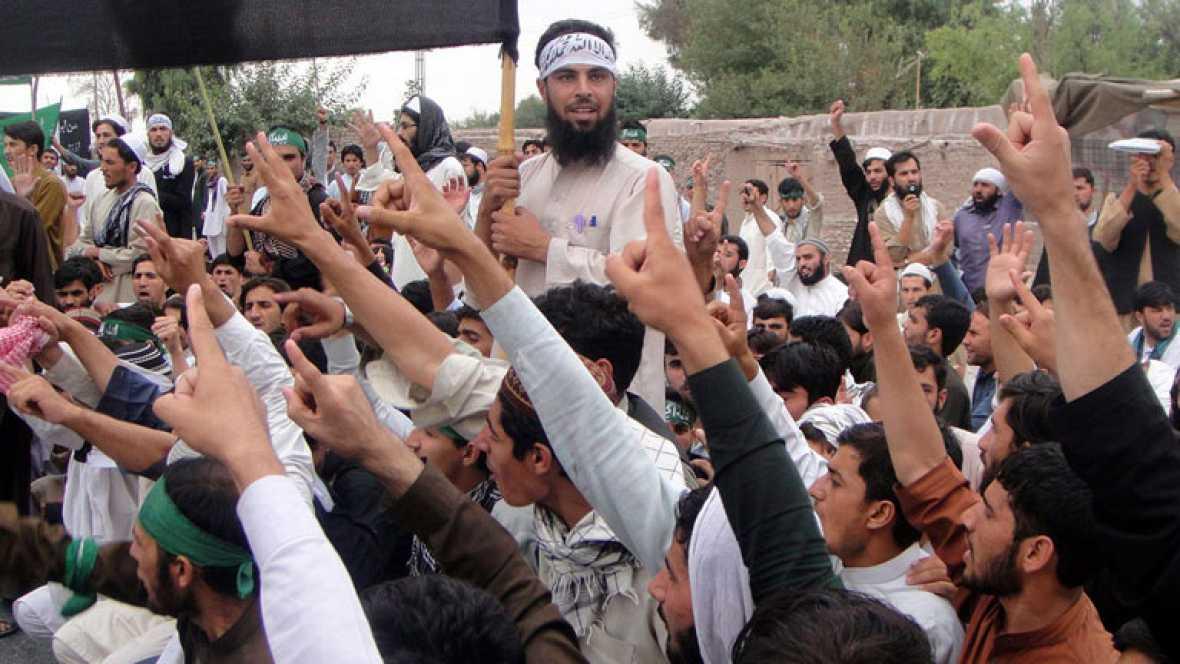 Los talibanes atacanla delegación afgana