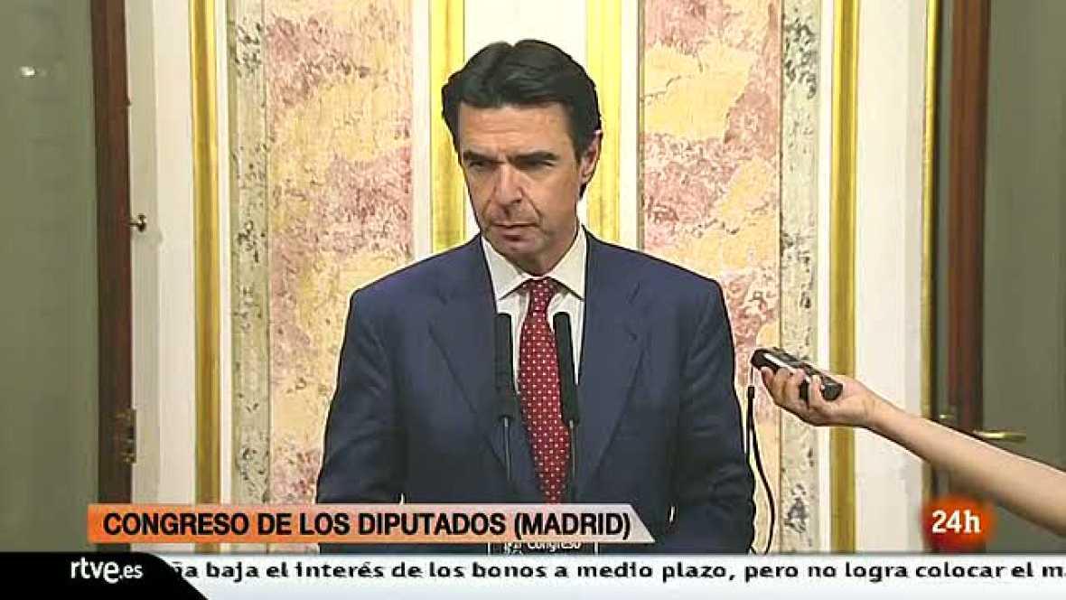 Soria anuncia que la luz subirá el próximo 1 de abril para cumplir con el auto del Supremo