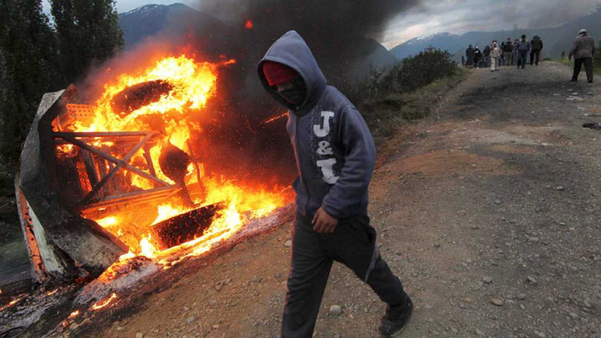 El gobierno de Chile recurre a una ley de la dictadura para reprimir una revuelta vecinal