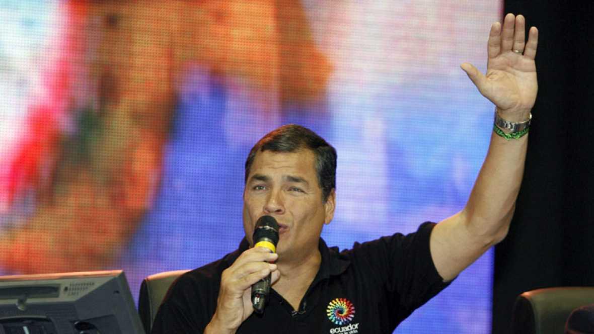 Correa visita a la comunidad ecuatoriana en España